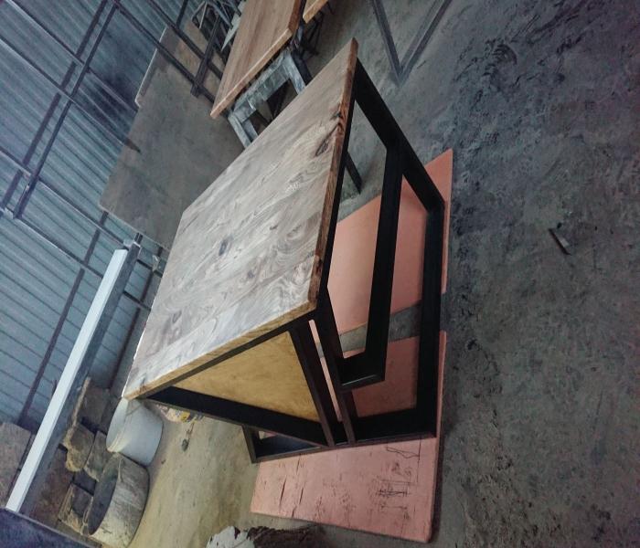 Офисный стол 13
